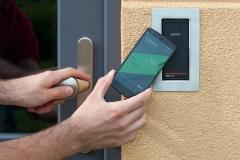 Otevírání dveří mobilem 3