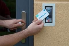 Otevírání dveří NFC kartou PATRON-PRO